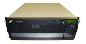 IBM TotalStorage 2x LTO3 24R2126  LTO3 3582-L23
